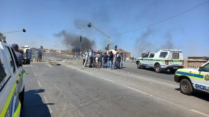 River Park residents threatened to cause havoc following the killing of one them by Alex Mall security guard